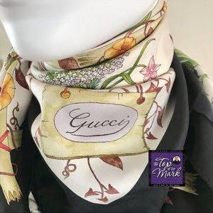 """Vintage GUCCI Italian Silk Foulard 34"""" sq MINT"""